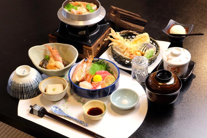 お食事コース ¥3000